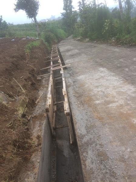 Image : Pembangunan Drainase di objek Wisata Gardu Pandang dan Curug Delimas