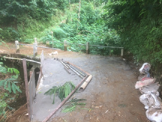 Image : Perluasan Jalan dan Jembatan menuju TPU Bujet Desa Girimulyo